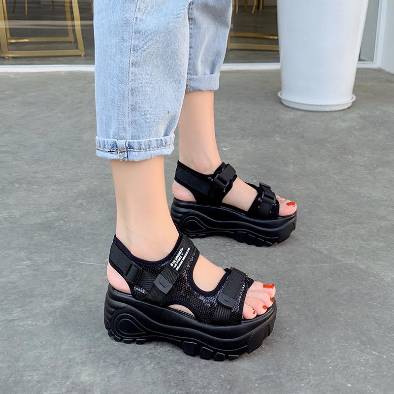 高跟厚底鞋 小码厚底黑色2020夏季运动增高摇摇鞋高跟罗马松糕跟魔术贴凉鞋女_推荐淘宝好看的女高跟厚底鞋