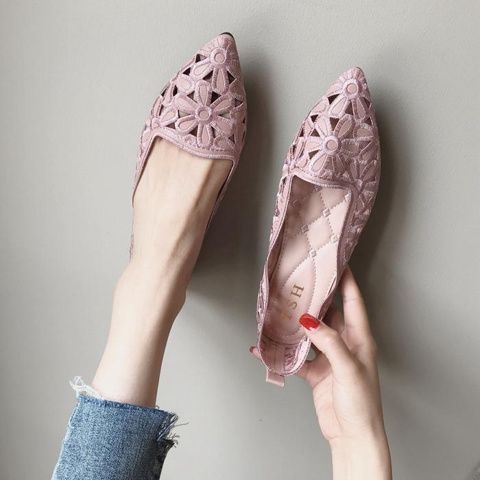 镂空平底尖头鞋 欧美风时尚2020春夏季新款女鞋子大码镂空尖头包头平跟平底女凉鞋_推荐淘宝好看的镂空平底尖头鞋