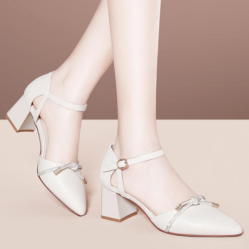时尚高跟凉鞋 2021新款潮女鞋子夏款欧美时尚百搭夏季高跟粗跟包头性感女士凉鞋_推荐淘宝好看的女时尚高跟凉鞋