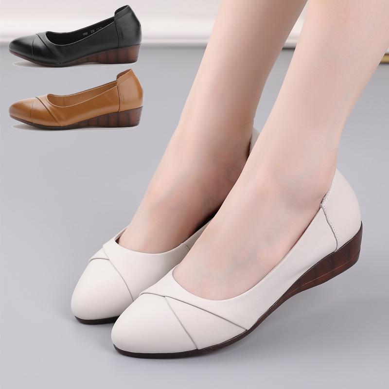 女式坡跟鞋 真皮坡跟女鞋新款女士单鞋软底舒适工作鞋牛筋底妈妈鞋春秋款女鞋_推荐淘宝好看的女坡跟鞋