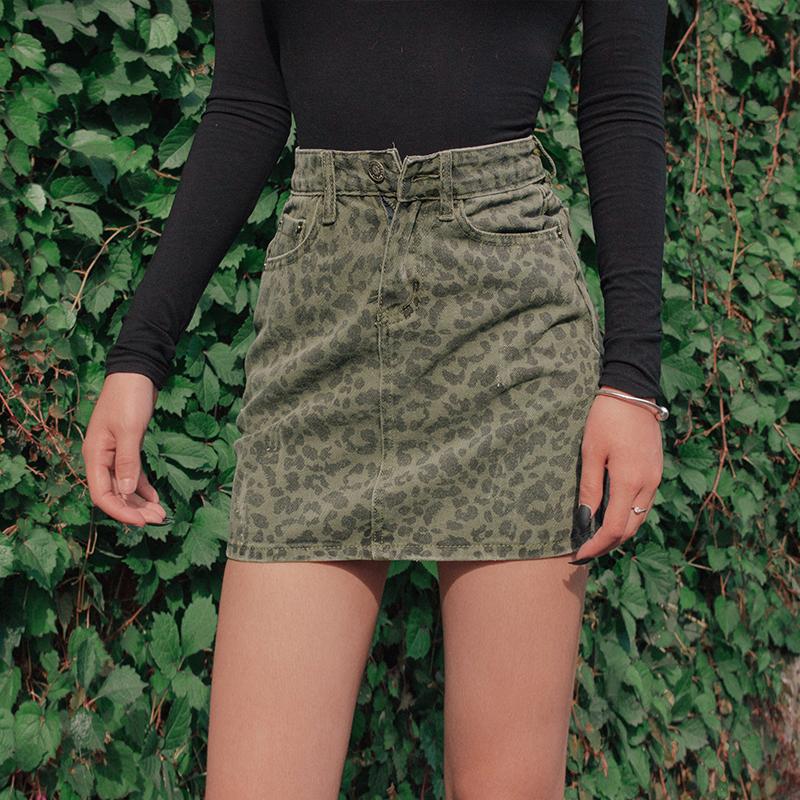 牛仔半身裙 2020夏装新款高腰修身显瘦牛仔半身裙ins风豹纹复古a字包臀短裙女_推荐淘宝好看的牛仔半身裙