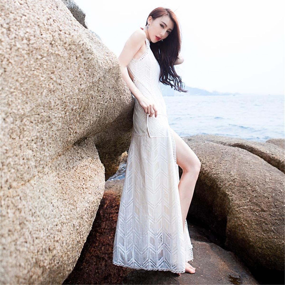 白色蕾丝连衣裙 欧美大牌高端蕾丝修身海边度假沙滩开叉长裙性感露背挂脖连衣裙夏_推荐淘宝好看的白色蕾丝连衣裙