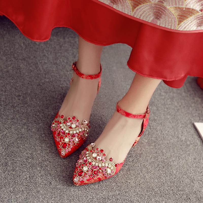 红色平底鞋 粗跟婚鞋女2020新款水晶鞋平底孕妇新娘鞋红色水钻高跟中式秀禾鞋_推荐淘宝好看的红色平底鞋