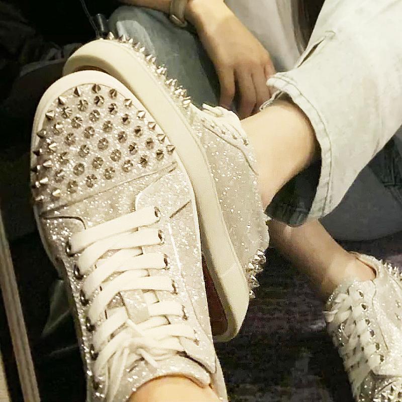 真皮平底鞋 板鞋铆钉潮鞋休闲鞋真皮白钻小白鞋钉钉女鞋水钻系带平底鞋低帮鞋_推荐淘宝好看的女真皮平底鞋