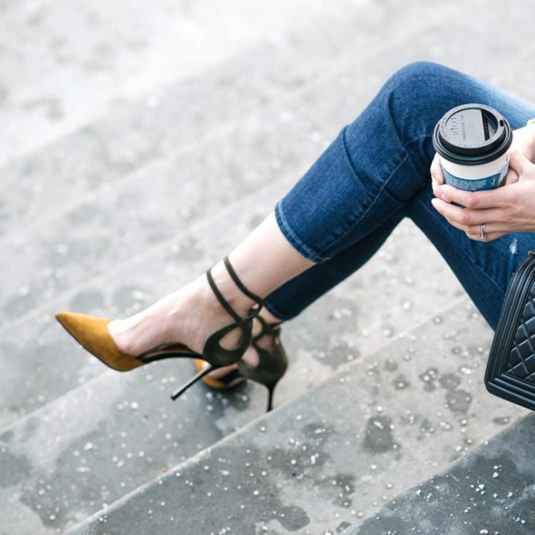 细高跟单鞋 2020新款尖头拼色高跟鞋细跟性感一字扣带女单鞋中空绒面绑带女鞋_推荐淘宝好看的女细高跟单鞋