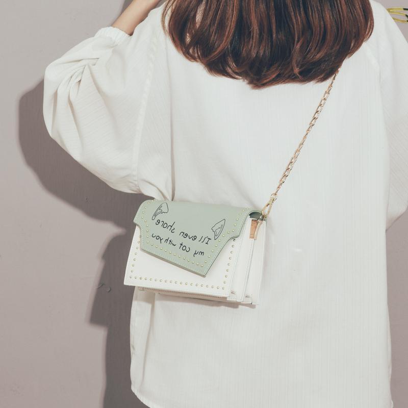 绿色斜挎包 今年流行包包女2020春款小清新文艺学生链条小方包ins百搭斜挎包_推荐淘宝好看的绿色斜挎包