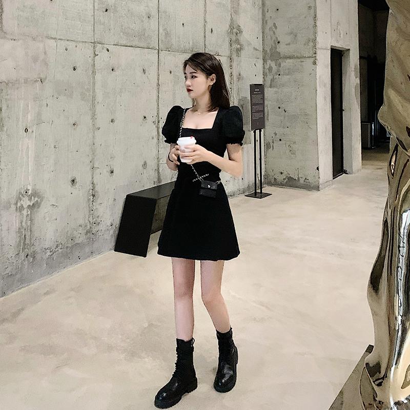 黑色连衣裙 lou 赫本风小黑裙女2020夏季新款韩版短袖泡泡袖低胸方领连衣裙_推荐淘宝好看的黑色连衣裙