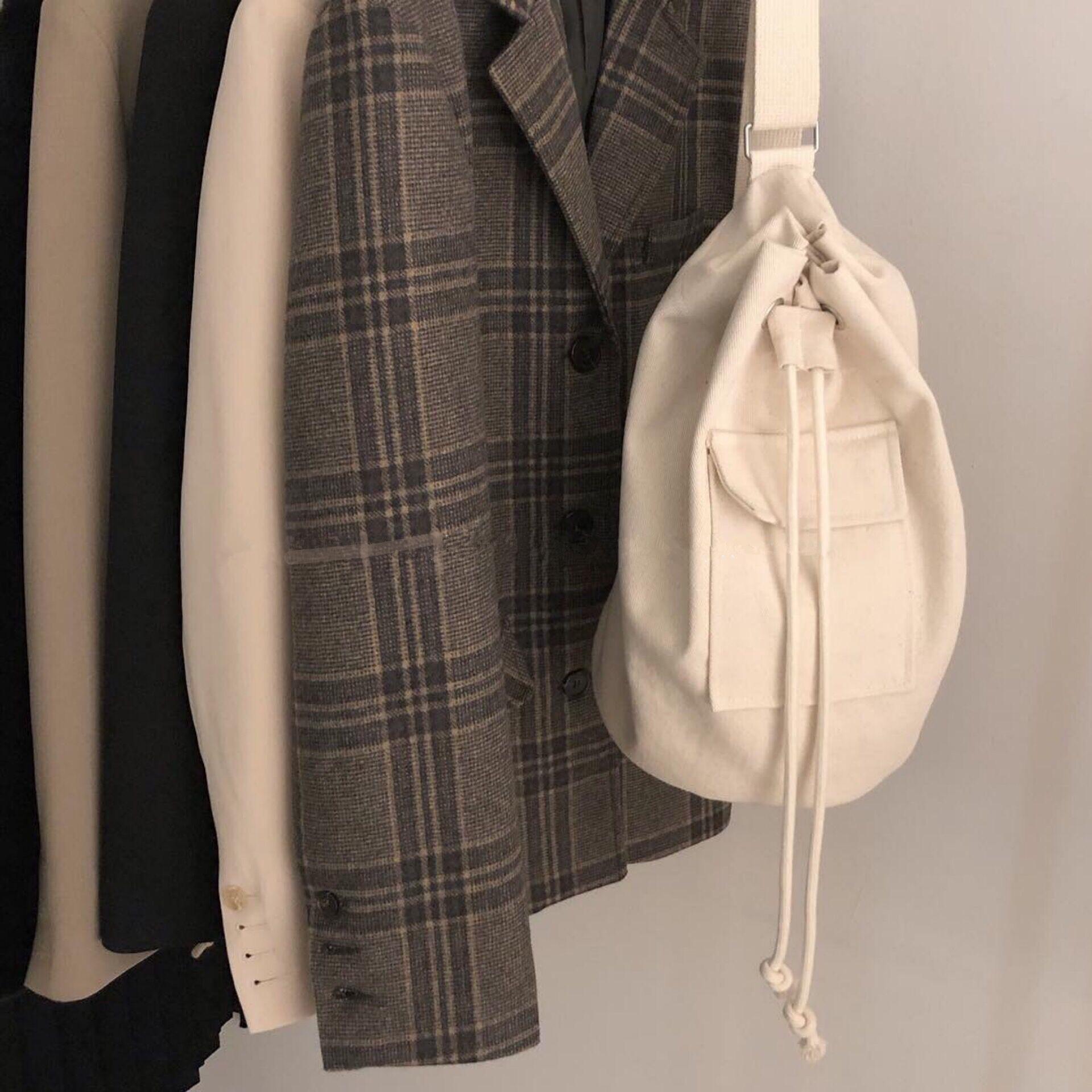 斜跨水桶包 FINEDAY \ 韩国ins新款翻盖口袋抽绳帆布包单肩斜跨水桶包_推荐淘宝好看的斜跨水桶包