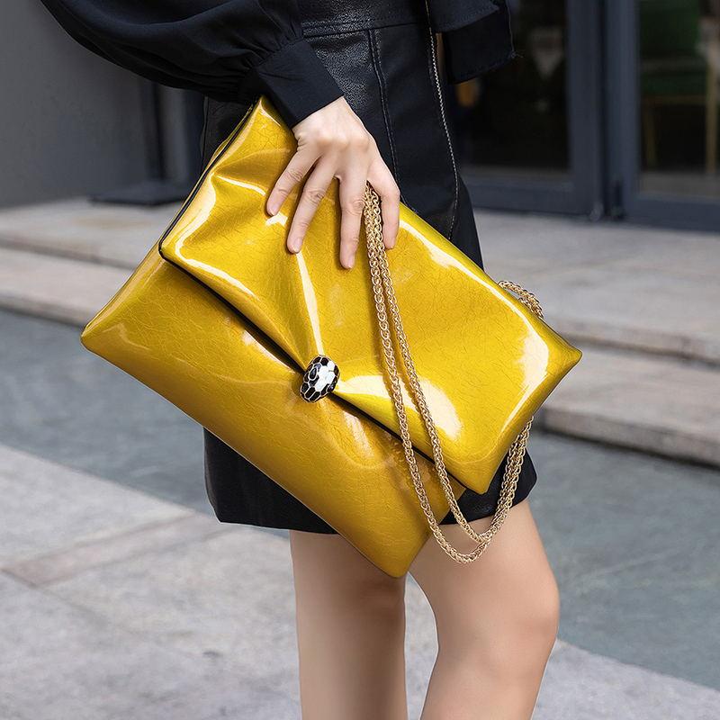 女士链条包 手拿包女大容量信封包19新款潮时尚个性简约大气单肩斜跨链条包女_推荐淘宝好看的女链条包