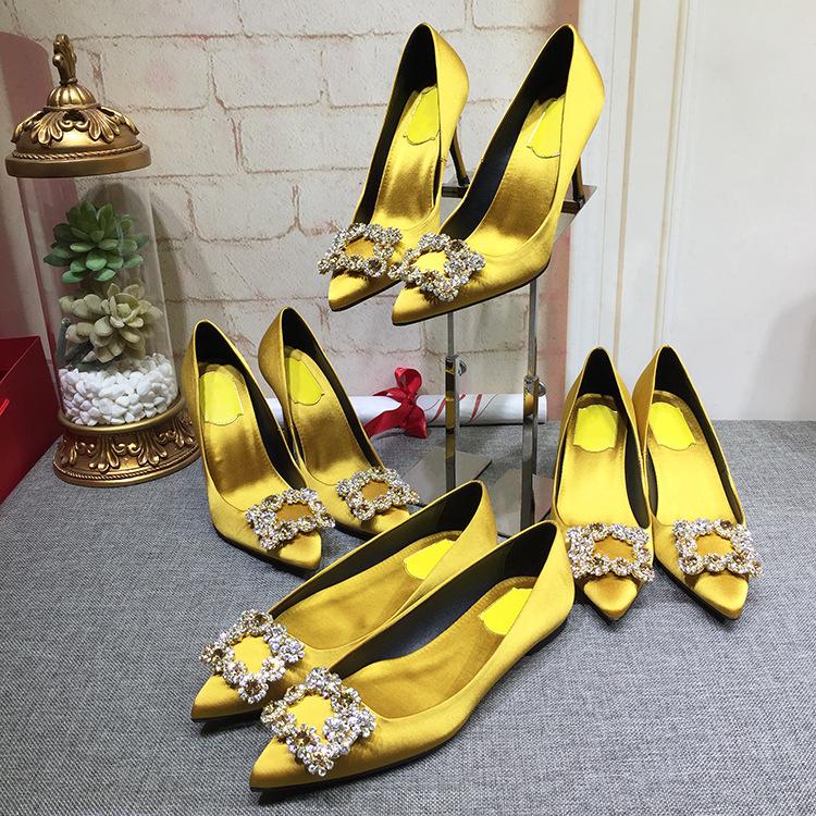 黄色单鞋 秋冬新款尖头单鞋平底小清新黄色中跟女水钻高跟方扣细跟大码绿色_推荐淘宝好看的黄色单鞋