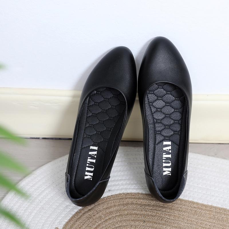 黑色平底鞋 工作鞋女黑色平底皮鞋空姐酒店上班鞋春软底浅口职业工装面试单鞋_推荐淘宝好看的黑色平底鞋