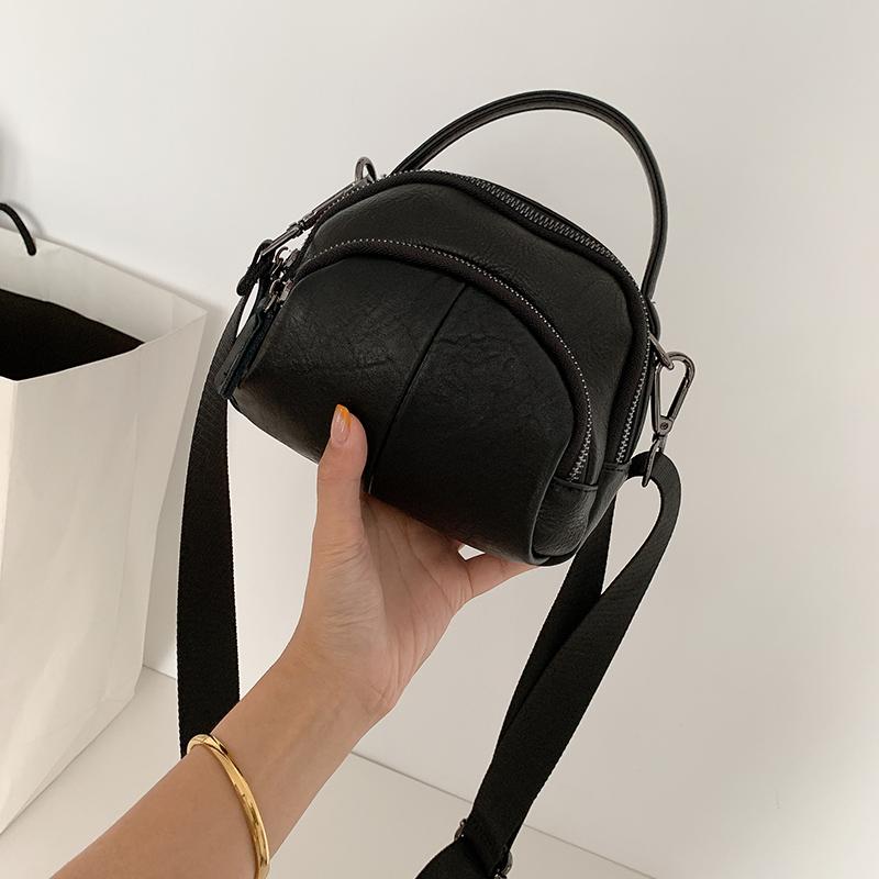 黑色贝壳包 夏款包包2020新款潮网红手提包女小包软皮贝壳包酷黑色斜挎包女_推荐淘宝好看的黑色贝壳包