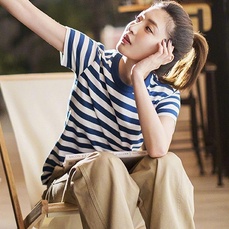 蓝白条纹t恤 潮牌2020新款蓝白条纹t恤女夏短袖体恤ins潮宽松海军风上衣海魂衫_推荐淘宝好看的女蓝白条纹t恤