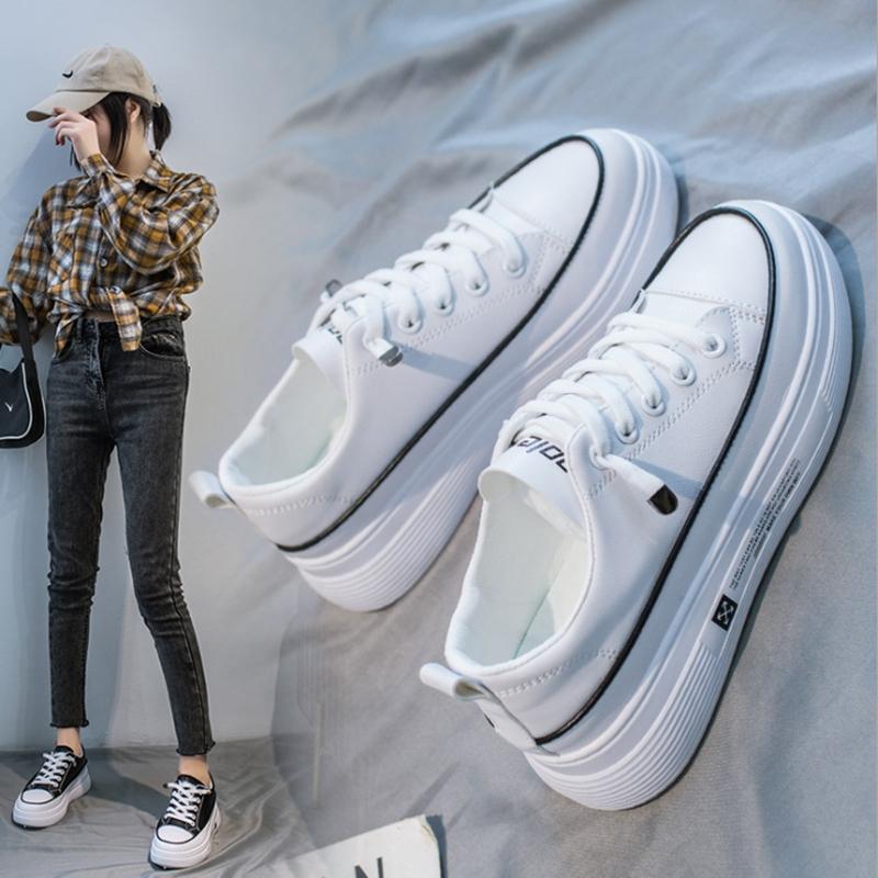 白色松糕鞋 小白鞋秋季新款韩版ins学生透气白色板鞋女松糕厚底内增高女鞋潮_推荐淘宝好看的白色松糕鞋