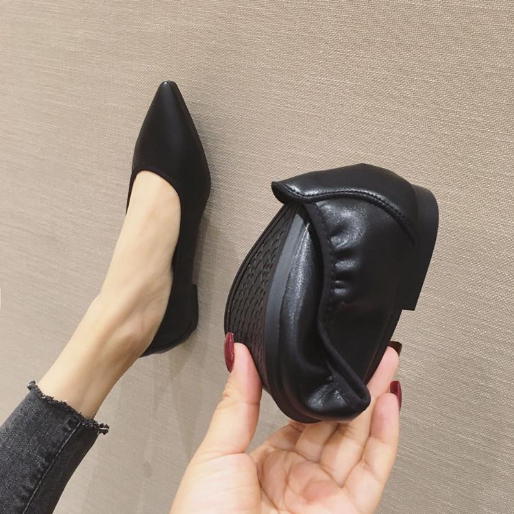 达芙妮尖头鞋 软皮平底工作鞋2020新款优足达芙妮百搭软底尖头豆豆单鞋蛋卷女鞋_推荐淘宝好看的达芙妮尖头鞋