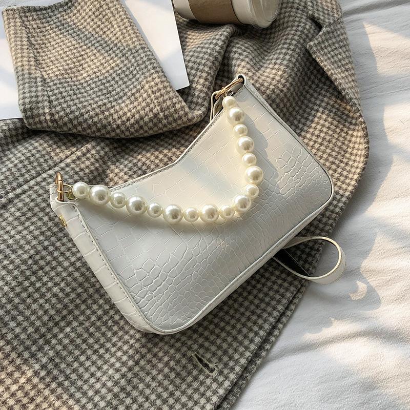 紫色链条包 法棍包包2021春季新款潮法国洋气珍珠链条单肩女包紫色腋下包包女_推荐淘宝好看的紫色链条包