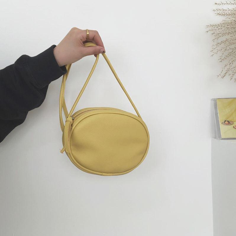 黄色贝壳包 奶黄色包包小众设计简约迷你复古斜挎单肩手提包贝壳包新款潮G夏_推荐淘宝好看的黄色贝壳包