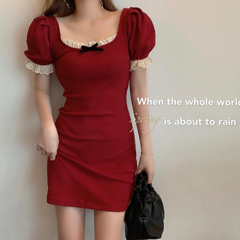 红色蕾丝连衣裙 蕾丝复古红色短裙女装春夏季2021新款紧身性感包臀裙子法式连衣裙_推荐淘宝好看的红色蕾丝连衣裙