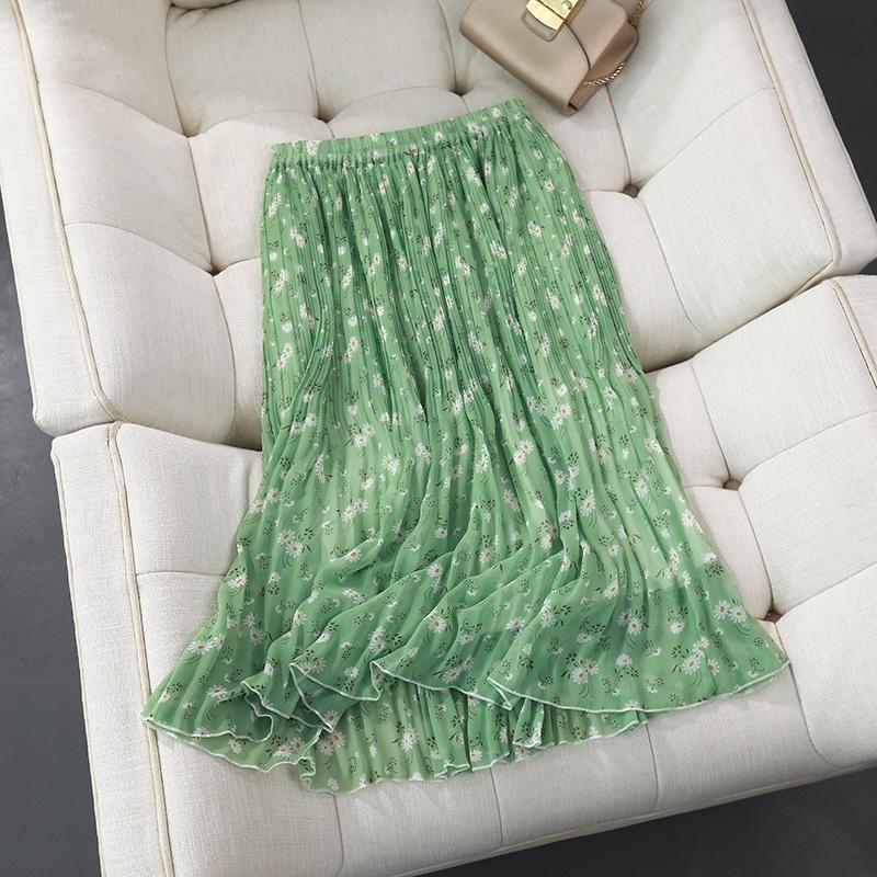 绿色雪纺半身裙搭配 春天里的一抹绿色自制雪纺碎花小雏菊松紧腰鱼尾褶a字裙半身裙_推荐淘宝好看的绿色雪纺半身裙
