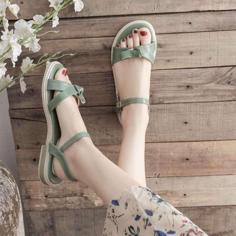 绿色罗马鞋 新款罗马凉鞋女2021年新款夏季简约绿色小清新配裙子森系一字扣平_推荐淘宝好看的绿色罗马鞋