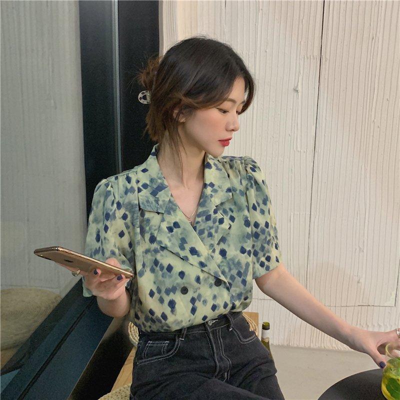 短袖雪纺衬衫 新款2021年短袖衬衫女设计感小众夏季法式复古宽松薄款雪纺上衣服_推荐淘宝好看的女短袖雪纺衬衫