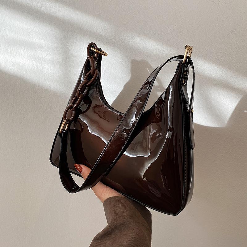 漆皮链条包 高级感漆皮包包2021新款时尚网红女包洋气质感单肩百搭链条腋下包_推荐淘宝好看的女漆皮链条包