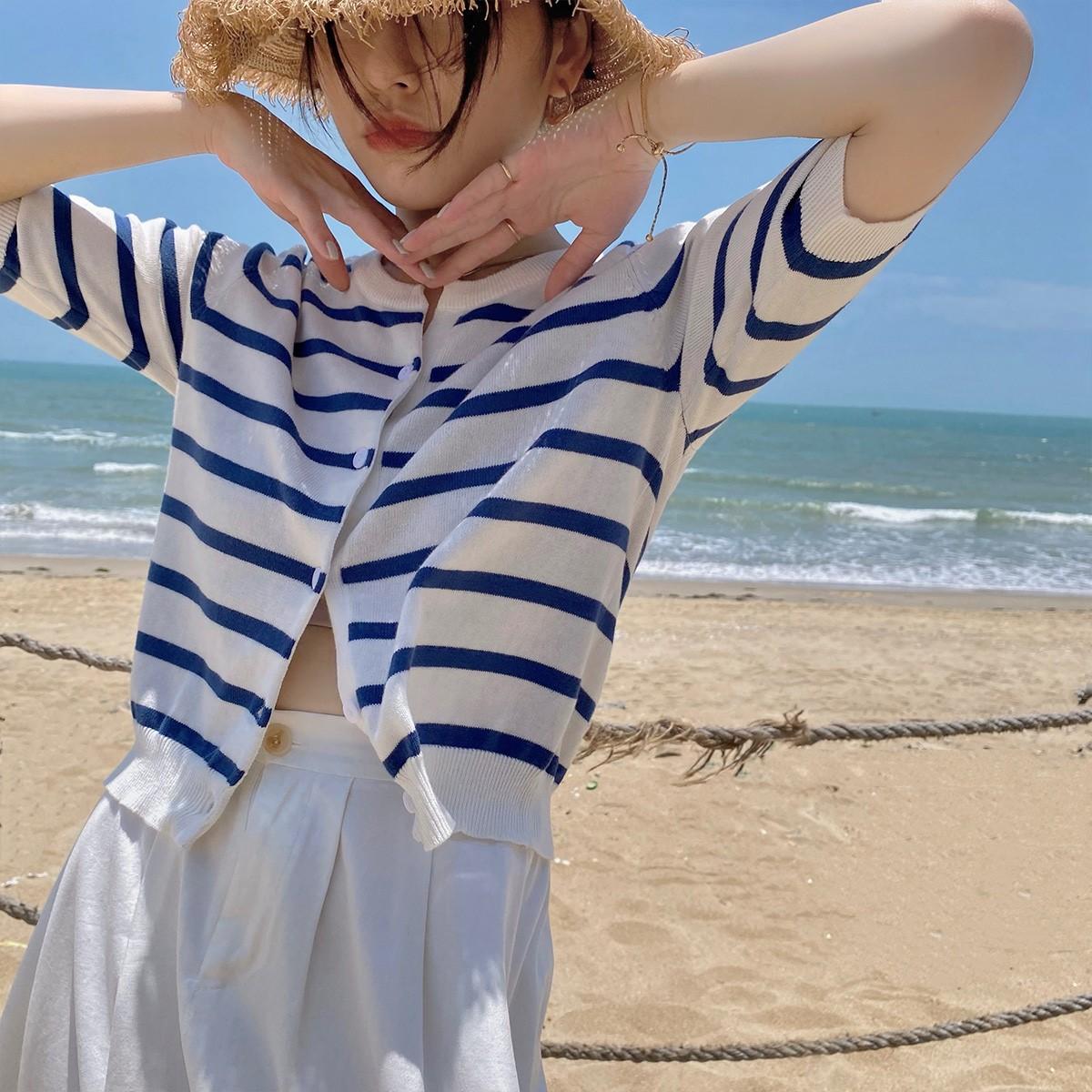 蓝白条纹t恤 蓝白条纹t恤针织开衫2021夏季女短款冰丝空调防晒海魂衫薄款上衣_推荐淘宝好看的女蓝白条纹t恤