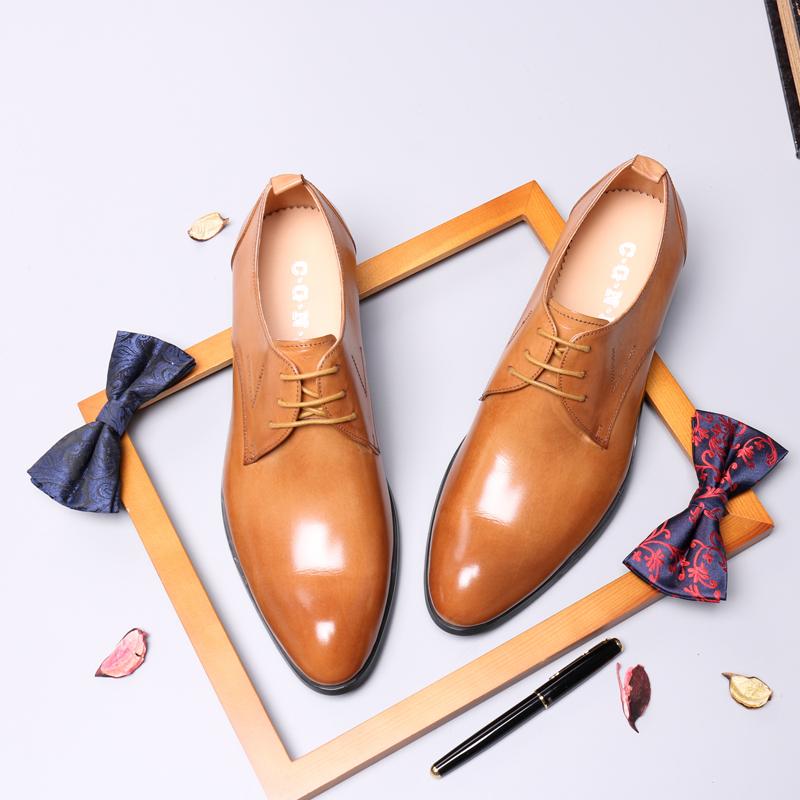 黄色尖头鞋 村哥牛皮英伦商务正装皮鞋男真皮德比鞋棕黄色青年潮流韩版尖头。_推荐淘宝好看的黄色尖头鞋
