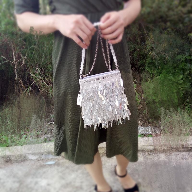 流苏手提包 网红女包银色小包亮片手机包流苏水桶包小手提包甜美淑女斜挎包_推荐淘宝好看的女流苏手提包