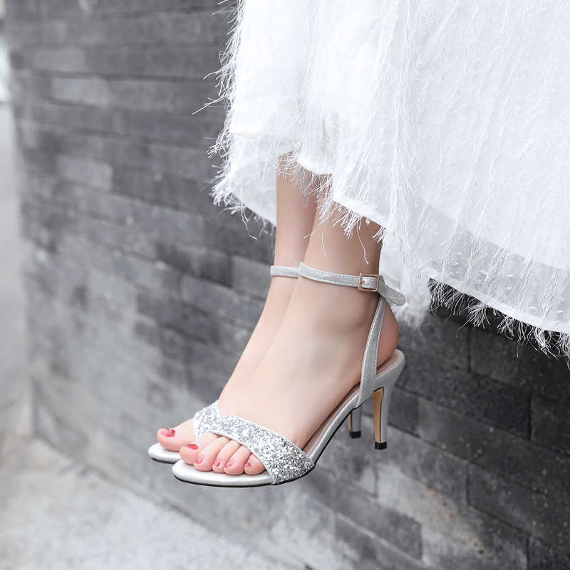 红色鱼嘴鞋 大码女鞋夏40-43 41 42 一字扣带露趾凉鞋红色高跟鞋女细跟结婚鞋_推荐淘宝好看的红色鱼嘴鞋
