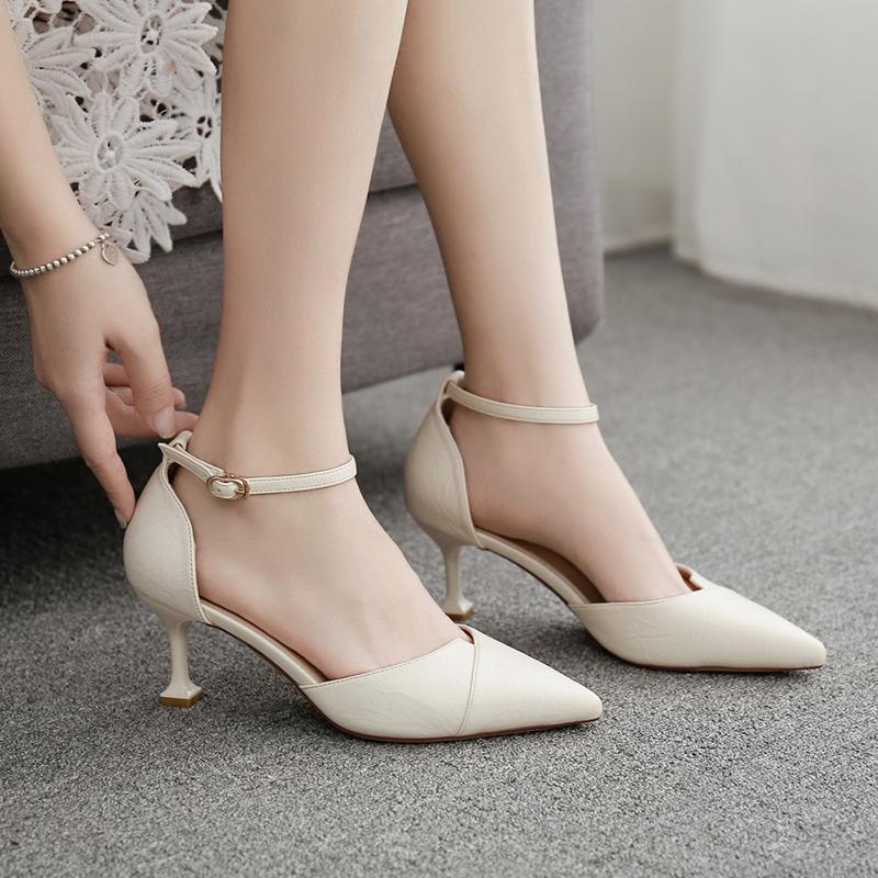 白色凉鞋 2019年夏季新款凉鞋女细跟尖头猫跟5cm一字带扣高跟包头白色单鞋_推荐淘宝好看的白色凉鞋