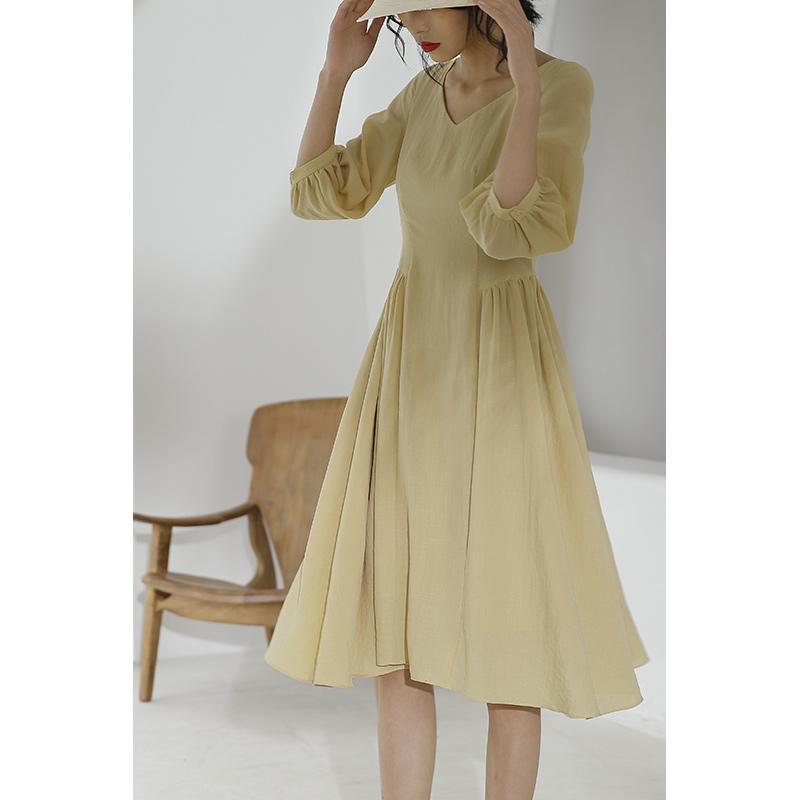 黄色连衣裙 黛鹅黄色连衣裙夏轻熟法式通勤桔梗过膝修身长裙收腰气质裙子_推荐淘宝好看的黄色连衣裙