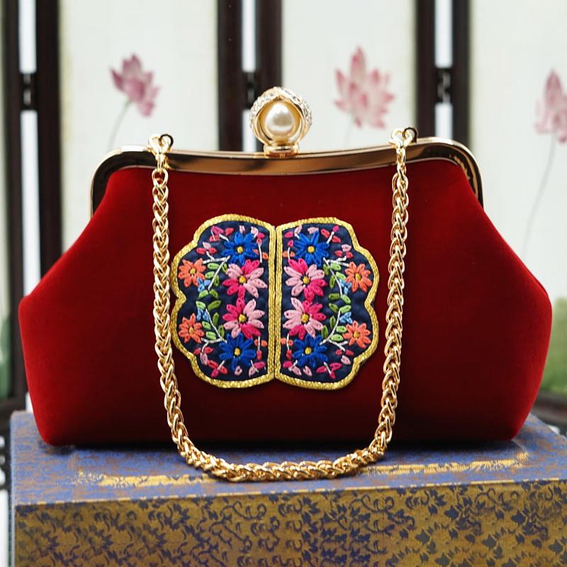 红色链条包 2021新品复古丝绒刺绣手提包单肩斜跨链条包结婚红色新娘包旗袍包_推荐淘宝好看的红色链条包