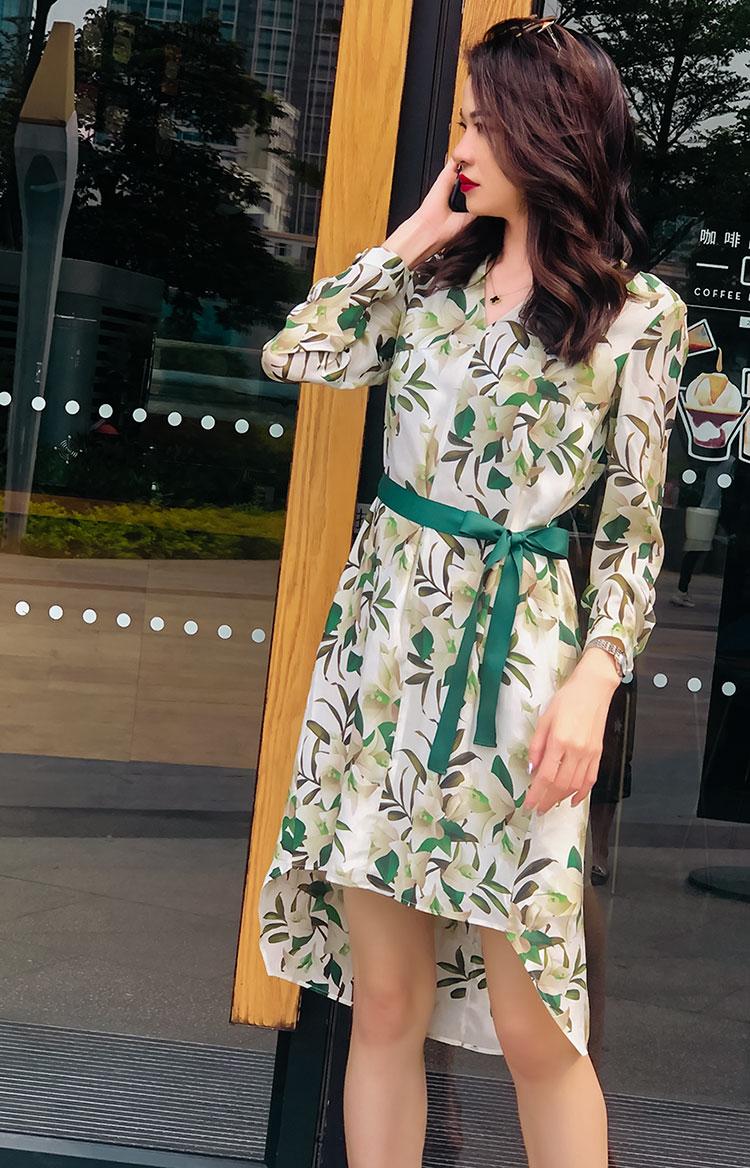 真丝连衣裙图片 印花清新真丝MAGGIE MA连衣裙3838D_推荐淘宝好看的真丝连衣裙