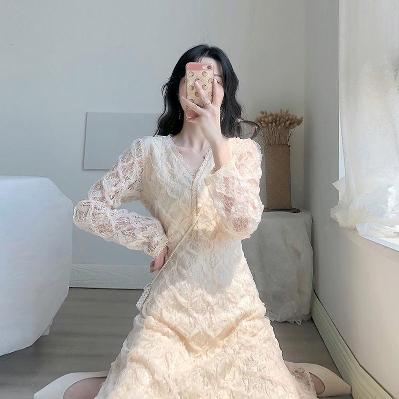 蕾丝连衣裙新款 卡所2020春秋季新款气质法式智熏复古仙女温柔小香风蕾丝连衣裙_推荐淘宝好看的蕾丝连衣裙新款