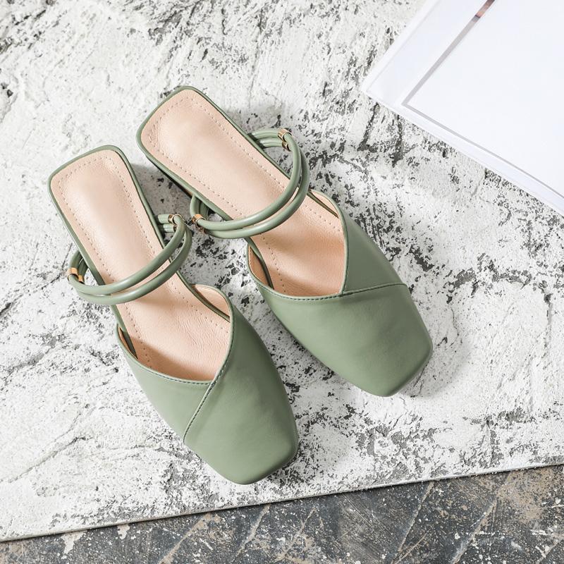 绿色凉鞋 包头一鞋两穿凉鞋女夏2020新款绿色粗跟温柔仙女风中跟外穿凉拖鞋_推荐淘宝好看的绿色凉鞋