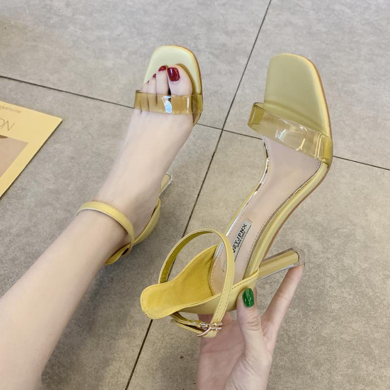 黄色鱼嘴鞋 一字扣透明带高跟鞋女细跟露趾凉鞋2019夏季新款百搭时尚女鞋黄色_推荐淘宝好看的黄色鱼嘴鞋