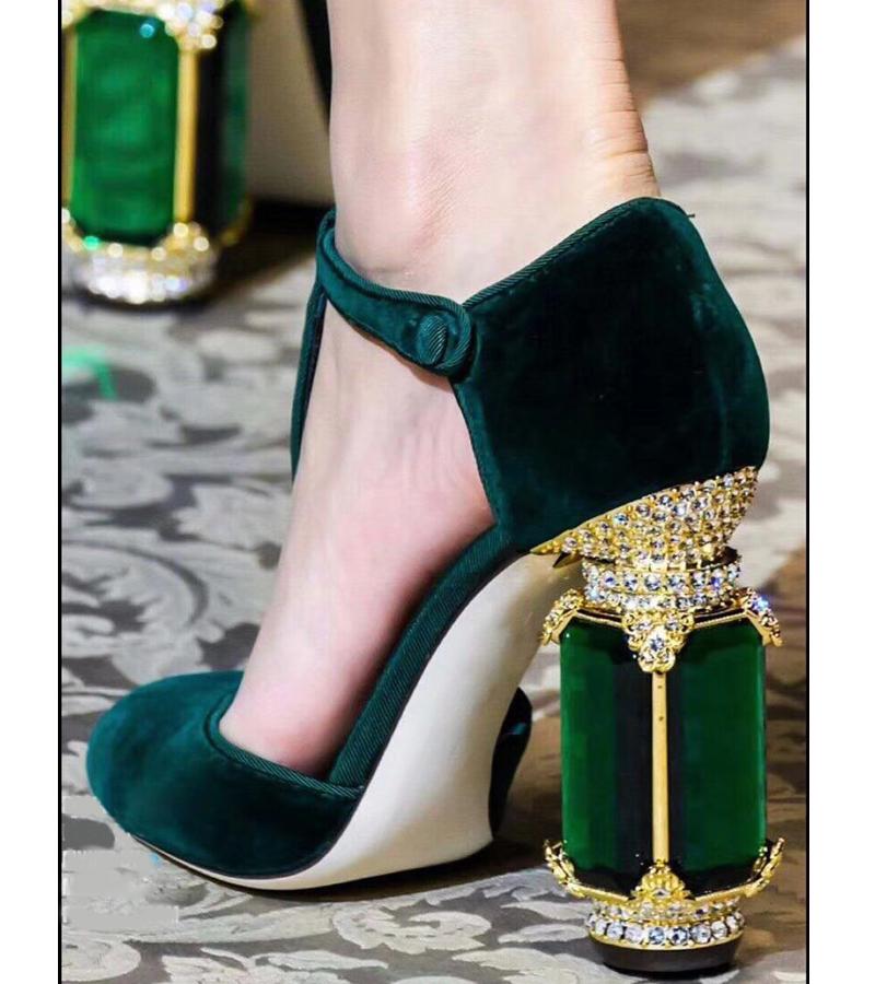 绿色凉鞋 2019走秀款T带水钻搭扣凉鞋 绿色宝石高跟鞋 复古酒红色丝绒女鞋_推荐淘宝好看的绿色凉鞋