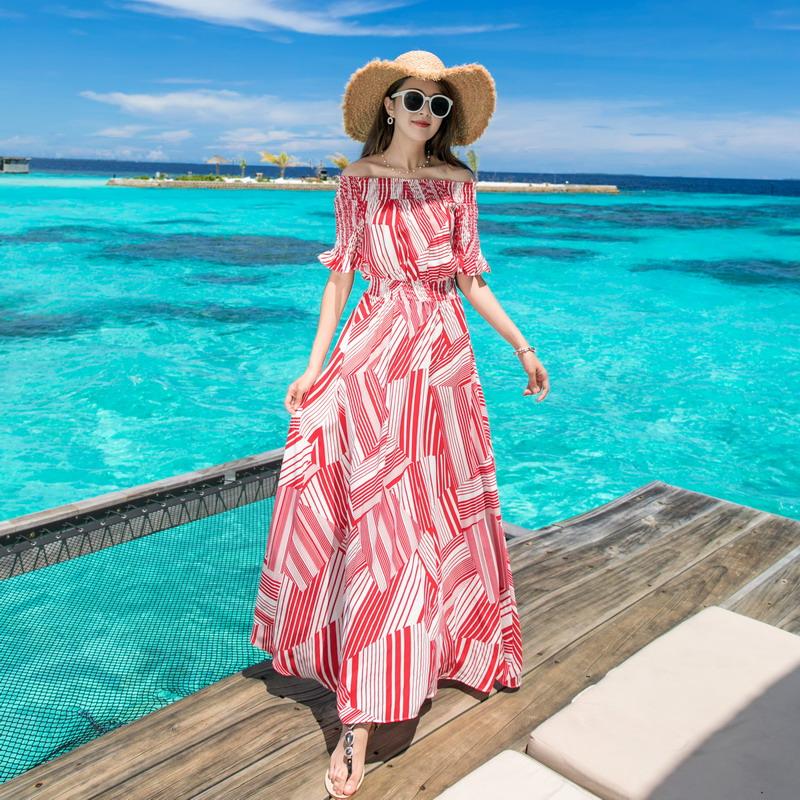 白色连衣裙 2019新款一字肩沙滩裙女海边度假波西米亚长裙泰国三亚超仙连衣裙_推荐淘宝好看的白色连衣裙