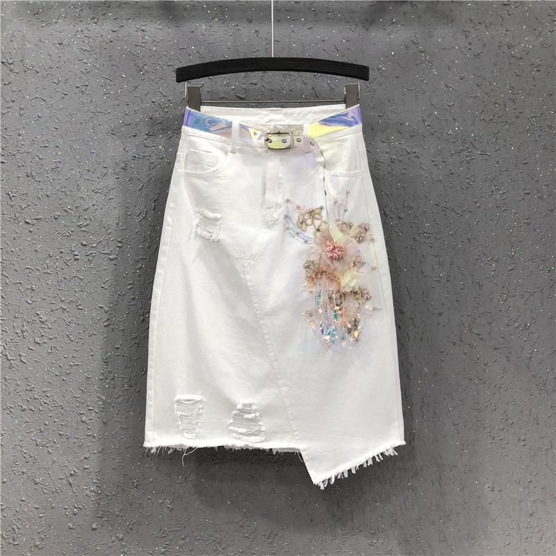 白色半身裙 高腰不规则牛仔半身裙女2021夏季新款欧货白色钉珠花朵破洞包臀裙_推荐淘宝好看的白色半身裙