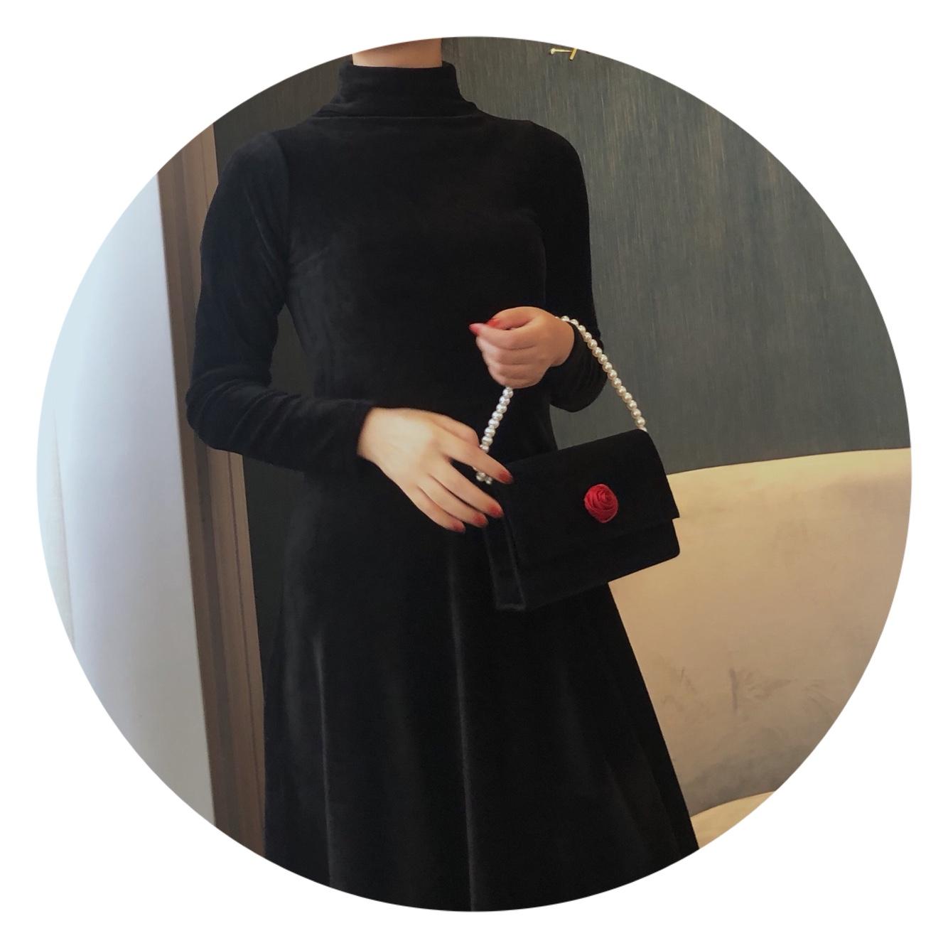 红色复古包 复古小众小方包黑色绒面红色玫瑰时尚小包珍珠手提斜挎设计感女包_推荐淘宝好看的红色复古包