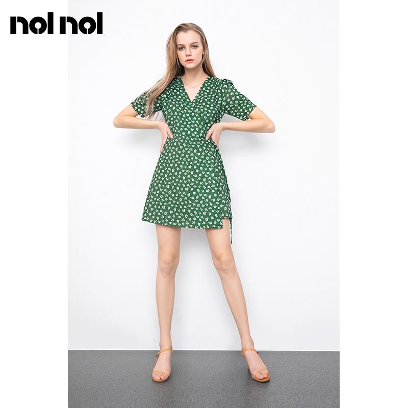 绿色连衣裙 法式复古设计感小众茶歇裙一片式雪纺绿色碎花连衣裙女夏季小个子_推荐淘宝好看的绿色连衣裙
