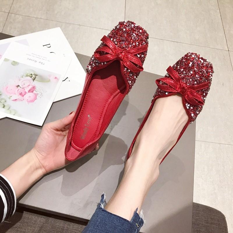 红色平底鞋 豆豆鞋女2020春季新款婚鞋韩版亮片红色平底四季单鞋方头大码女鞋_推荐淘宝好看的红色平底鞋