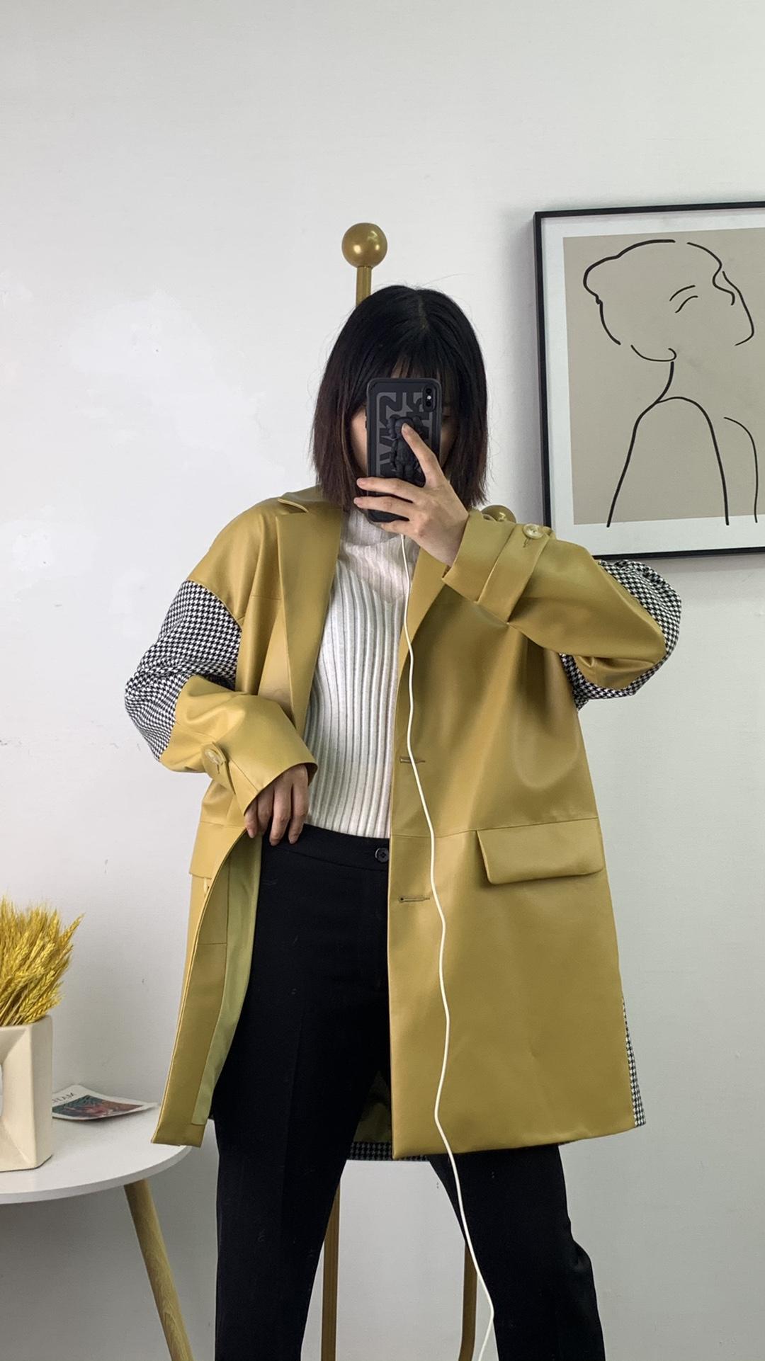 黄色皮衣 姜黄色气质专柜品质翻领中长款皮衣外套 进口真皮绵羊皮千鸟格_推荐淘宝好看的黄色皮衣