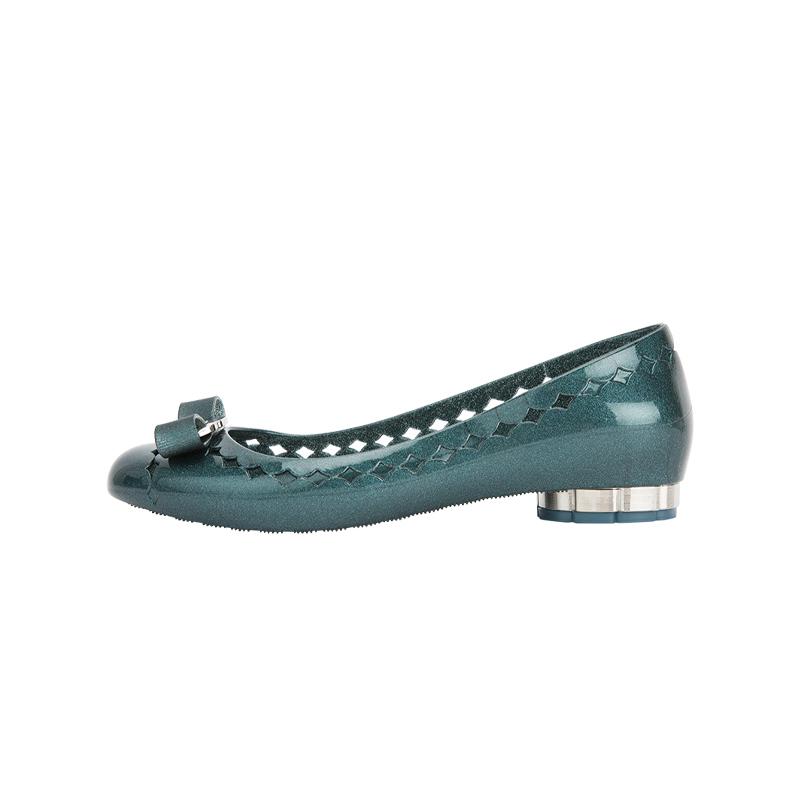 绿色凉鞋 FERRAGAMO菲拉格慕 ACQUA深水绿色花卉鞋跟女士平底凉鞋 C版_推荐淘宝好看的绿色凉鞋