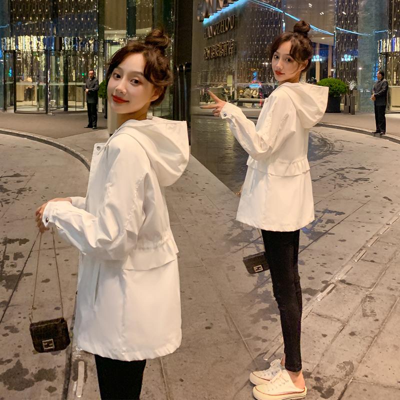 白色风衣 小个子白色休闲风衣女短款2021春秋新款宽松收腰chic洋气外套潮_推荐淘宝好看的白色风衣
