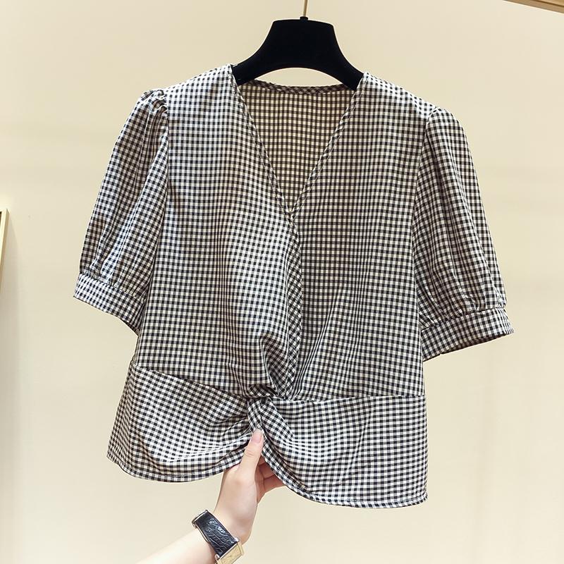 红格子衬衫 2020新款韩国修身显瘦套头V领褶皱格子短袖衬衫上衣女夏季_推荐淘宝好看的女红格子衬衫