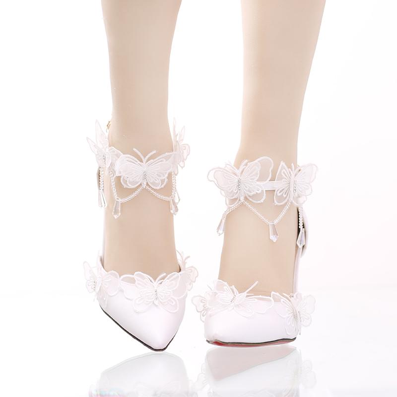 白色凉鞋 白色蕾丝蝴蝶水晶吊坠新娘鞋尖头细跟超高跟婚鞋一字式腕带女凉鞋_推荐淘宝好看的白色凉鞋