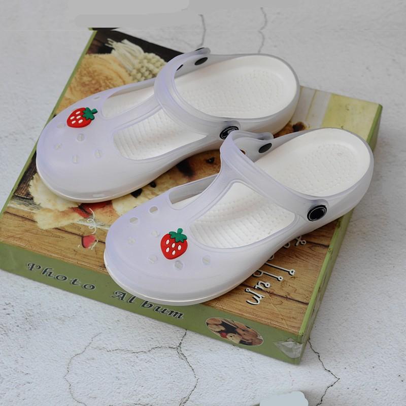 白色凉鞋 白色洞洞鞋女凉鞋厚底坡跟果冻鞋沙滩鞋女拖鞋夏季大码工作护士鞋_推荐淘宝好看的白色凉鞋