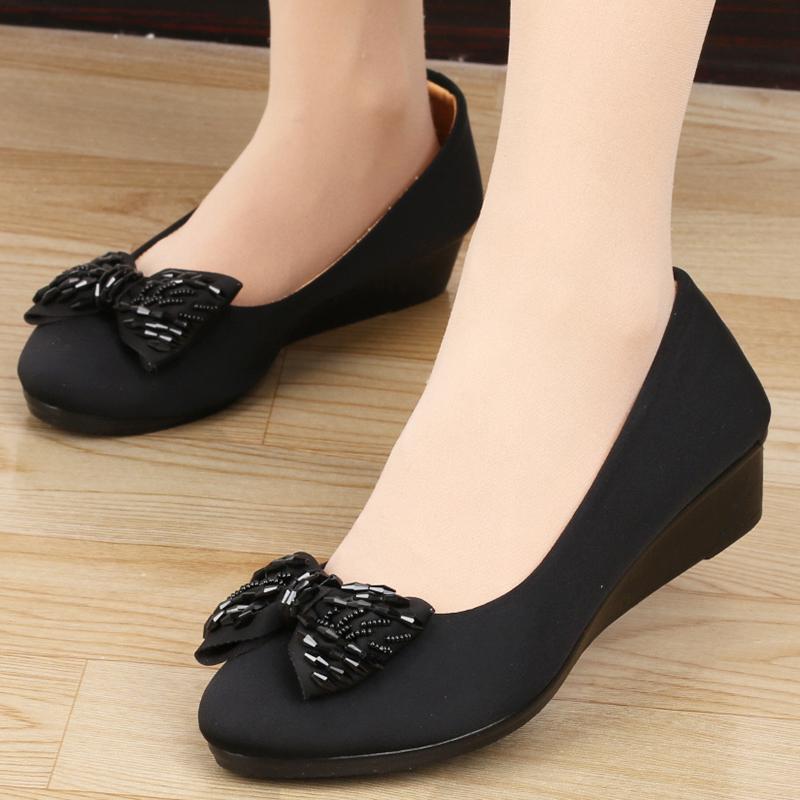 黑色坡跟鞋 新款老北京布鞋女鞋工作鞋黑色坡跟平底上班鞋女圆头职业中跟鞋子_推荐淘宝好看的黑色坡跟鞋